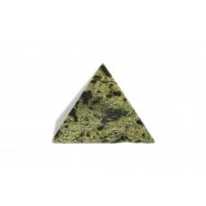 минерал Змеевик пирамида №2