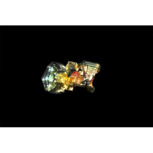 минерал Висмут 1.3х3х1.4 см