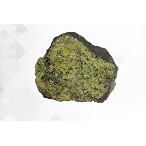 Минерал Хризолит 5х5х3 см