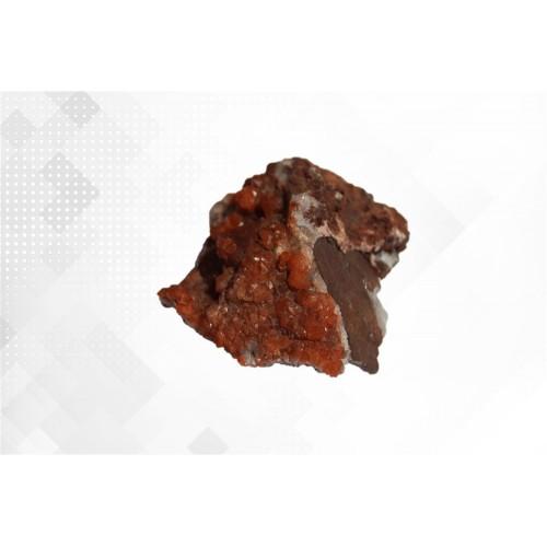 минерал Кварц красный 7х5х3.5 см