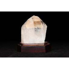 минерал Горный хрусталь на подставке 4.5х6х8 см