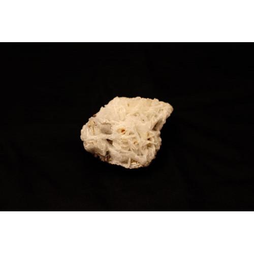минерал Альбит 3.5х7х5.5 см