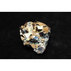 минерал Пирит друза 2.5х3х3 см