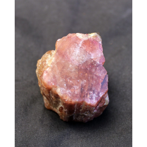 минерал Турмалин 3х2.7х3 см