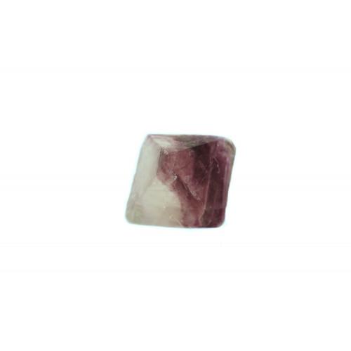 минерал Флюорит 4х4х6 см