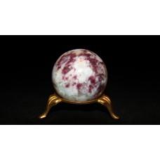 минерал Турмалин с кварцем шар диаметр 4.4 см